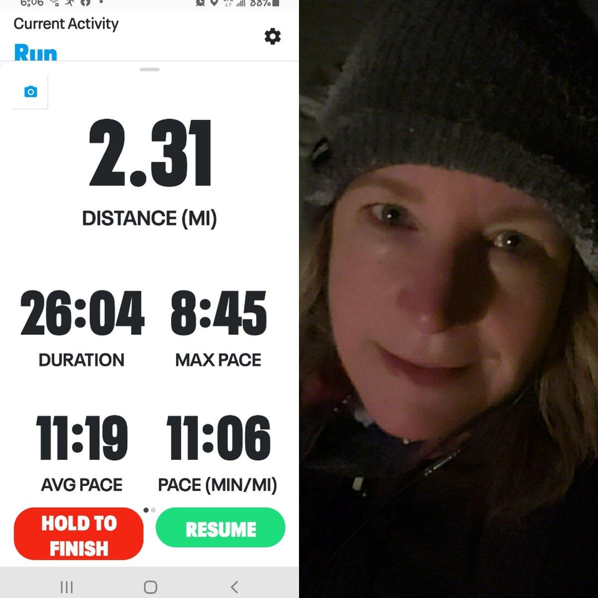 15th run of #winterwarriorchallenge and day 27 of #peakstreak2021. Another frosty run listening to #RedNotice I'm hooked. 🏃🏼♀️⛄ 🌃 #humpdayrun #running #mpc2021 #runpeakerrun #TeamMPCFITLANDERS @MyPeakChallenge @SamHeughan @MPCFitlanders @Sheugs @barbaramills1 @sarahjaswim @pjl24