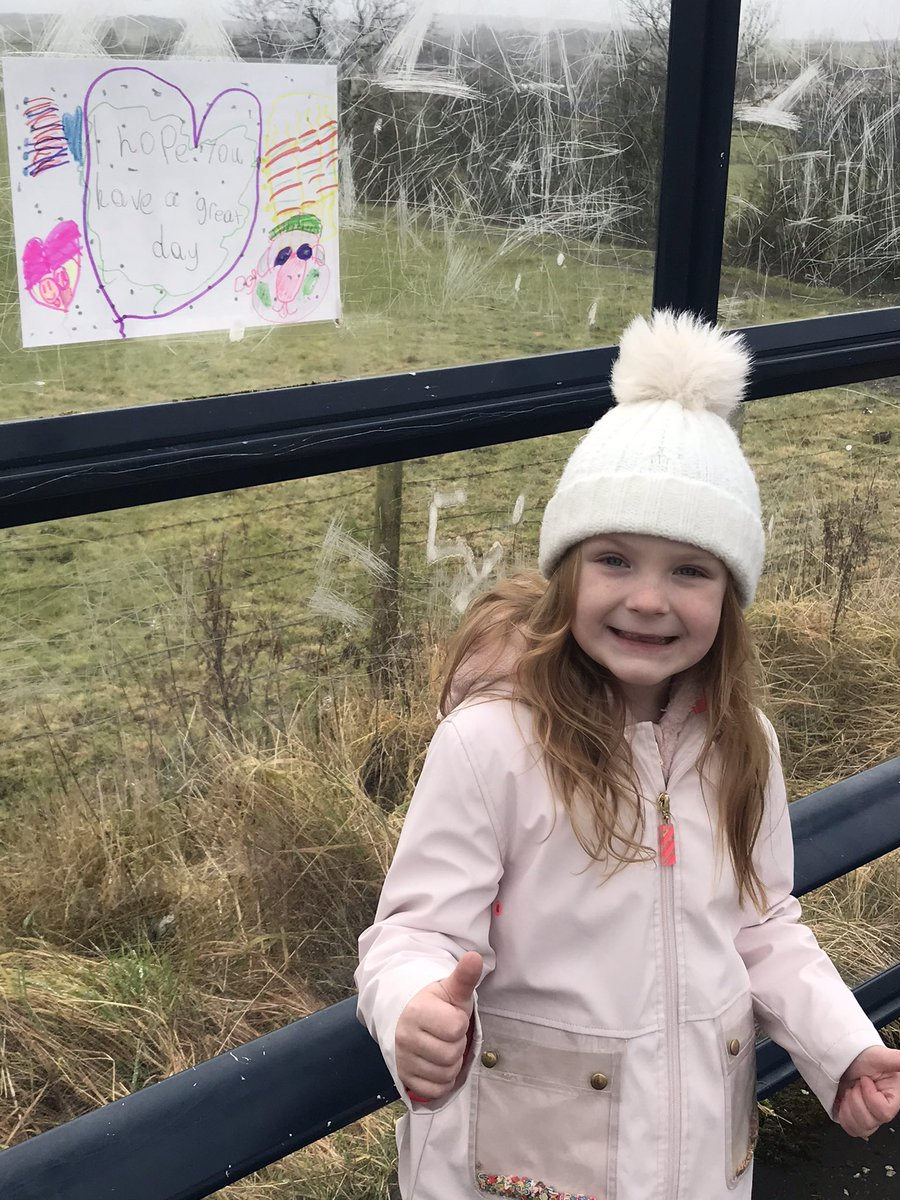 @netherthirdps Oran hopes to put a smile on someone's face today with the positive poster she made and put up in the local bus stop 😀#bekind #HTchallenge