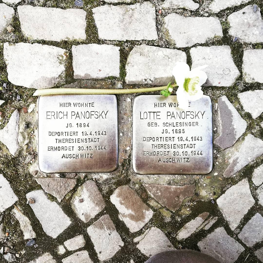 #WeRemember #HolocaustRemembranceDay