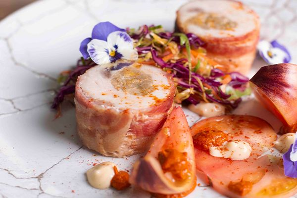#Throwback to December's #LKS held by @pavlovaandcream at our London Showroom!  @DunkyJP put together Turkey (provided by @fairfax_london) wrapped in bacon with fresh coleslaw with tomatoes, plated up on beautiful @churchill1795 Studio Prints Kintsugi #tableware.