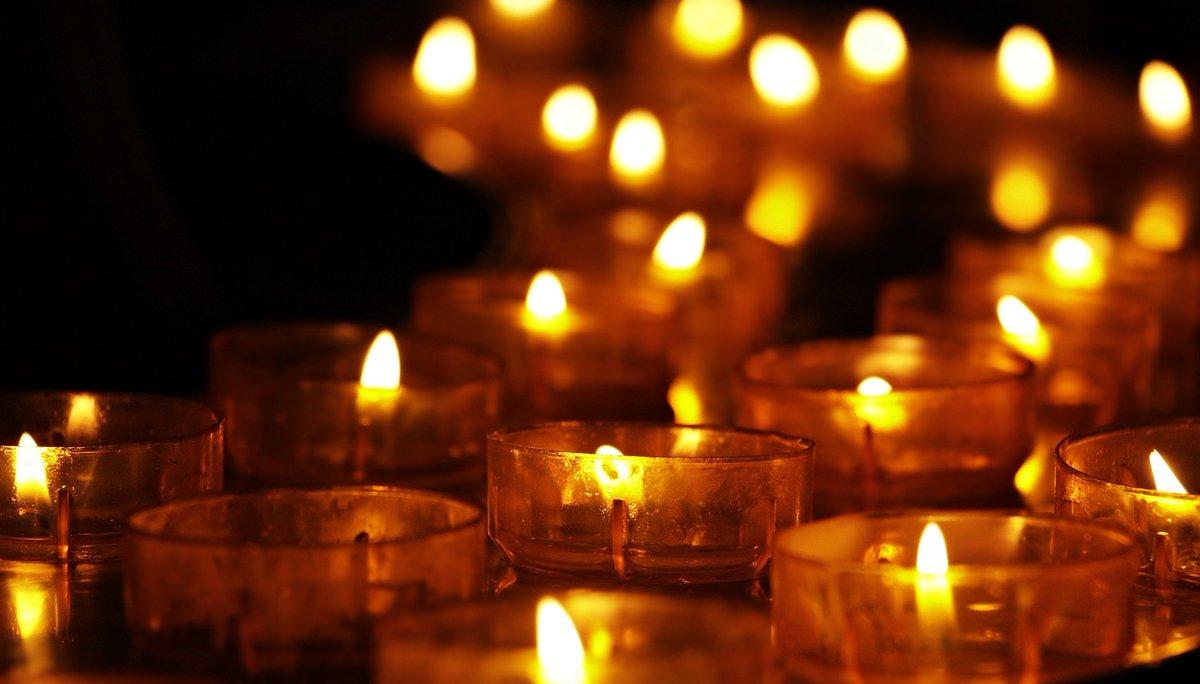 Bona tarda 🌞 calafellenques i calafellencs. Avui 27 de gener és el Dia Internacional en memòria de les Víctimes de l'#Holocaust . Una data que no busca només commemorar-les sinó també evitar que es torni a produir.  #HolocaustMemorialDay  #HolocaustRemembranceDay