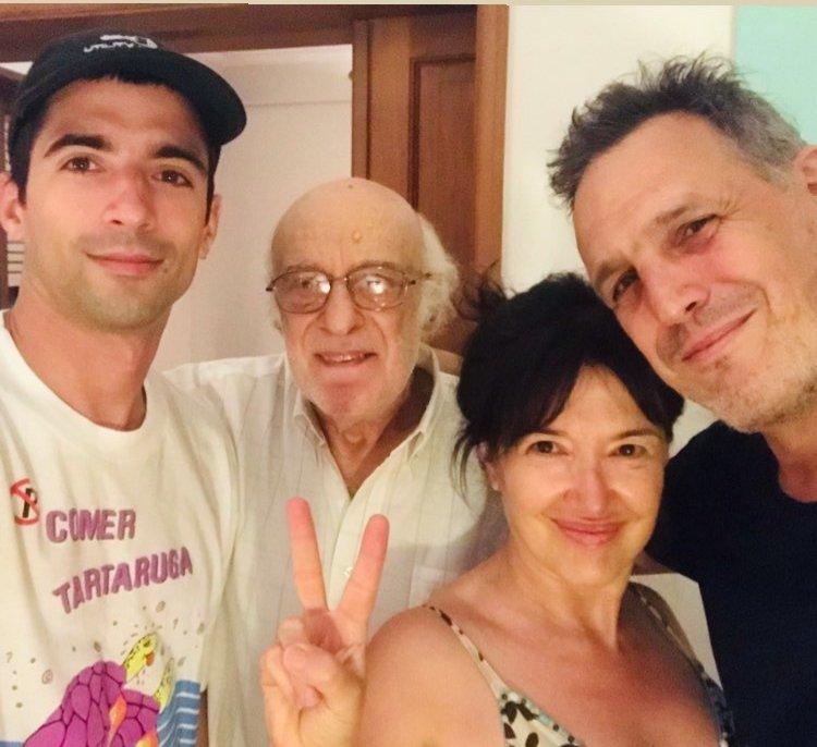 Le deseamos un muy #felizcumple 🥂🎂 al papá de #AndreaBonelli