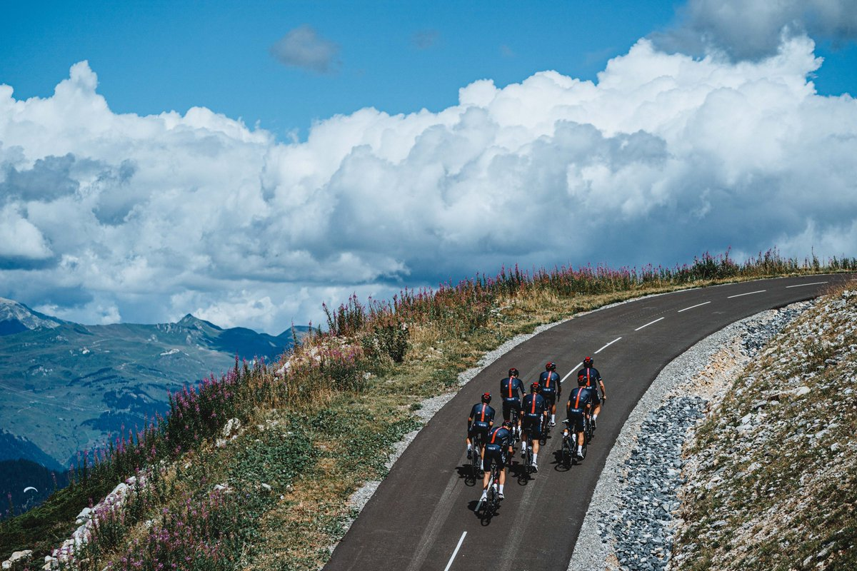 We all have climbs to conquer 🏔️  If you could ride anywhere in the world right now where would it be? https://t.co/ZETmcBPUqm