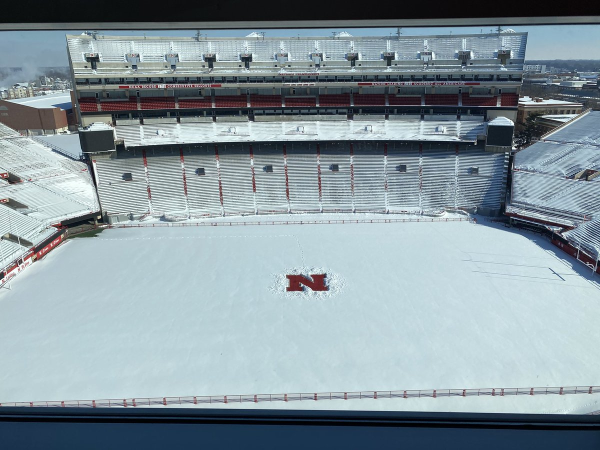 N is clean. Shout out to the @HuskerManagers for making it right. #GBR #Huskers