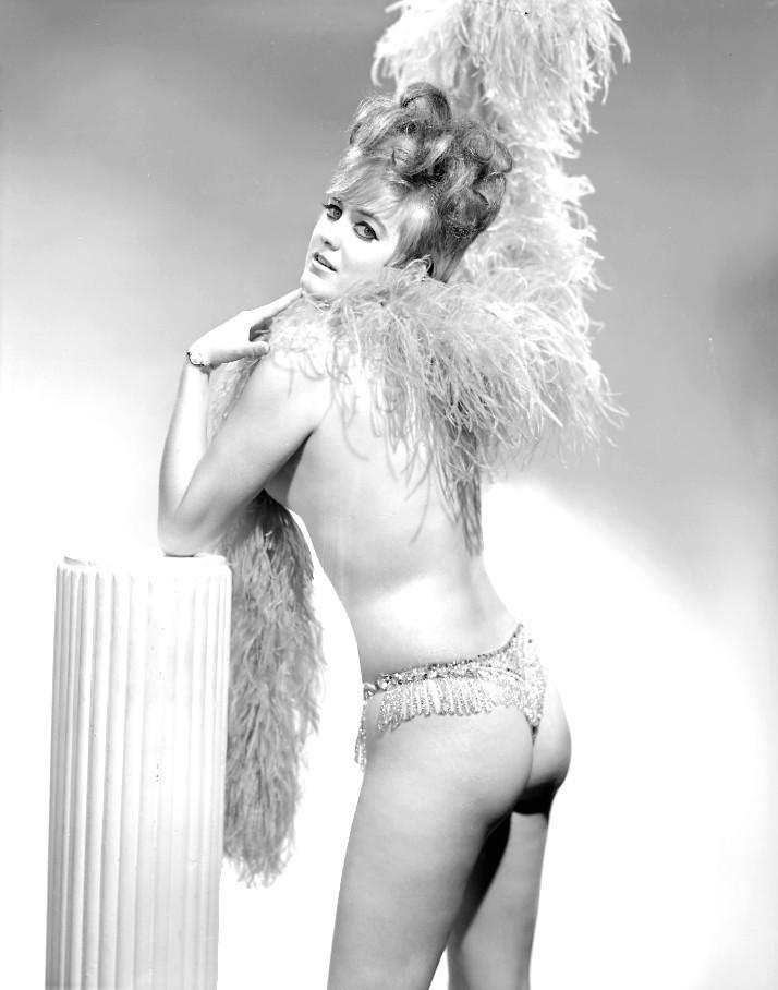 #retro #burlesque #BurlesqueHistory #tribute #showgirl #performer #performance #artist #Bazoom #BazoomBurlesque #dance #dancer #dancing #exoticdancer #database #glamour #posing #Model #ExoticDancer #Legend #BurlesqueLegend #バーレスク