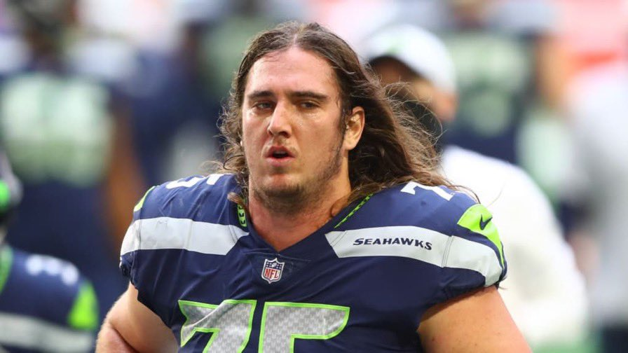 Chad Wheeler of the @Seahawks tried to kill his girlfriend because she wouldn't bow to him. He was even surprised at her survival.   If you're not outraged, you're part of the problem.   @NFL handle this swiftly & decisively.
