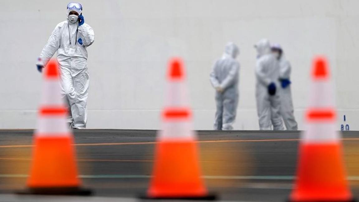 İsrail, mutasyona uğrayan Koronavirüs nedeniyle kara sınırlarını kapatıyor