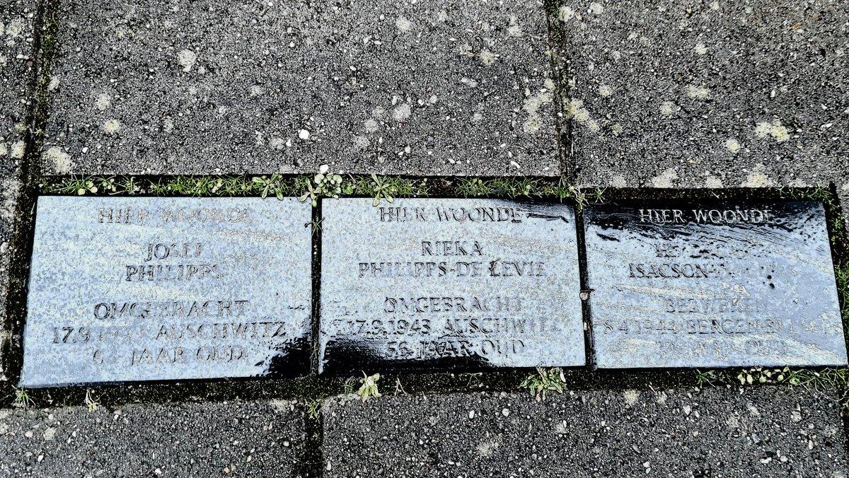 Vandaag is het 76 jaar geleden dat #Auschwitz werd bevrijd. Vandaag gedenken we zij die werden vermoord. Vandaag is het #HolocaustRemembranceDay #WeRemember #NeverAgain