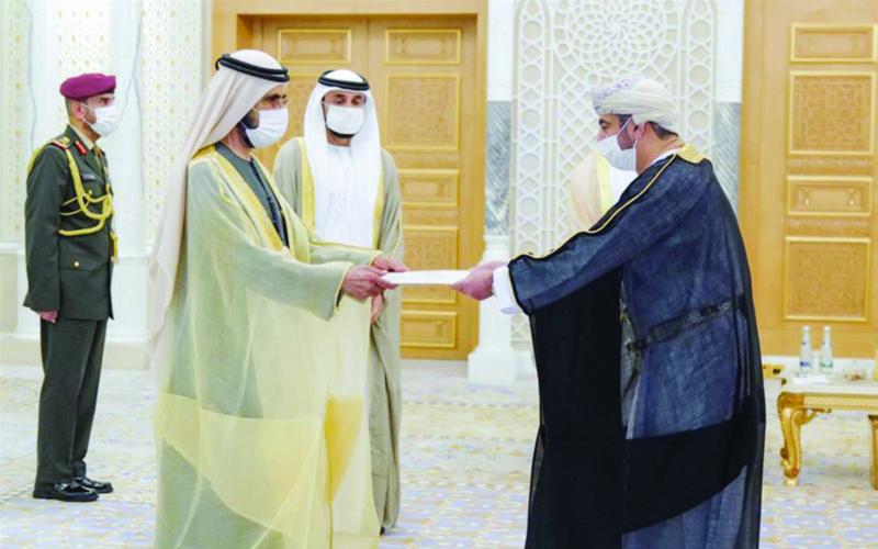 محمد بن راشد آل مكتوم يتسلم أوراق اعتماد سفير السلطنة جريدة عمان