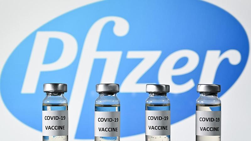 Pfizer, aşı şişelerinden çıkan ekstra dozlar için ödeme istedi