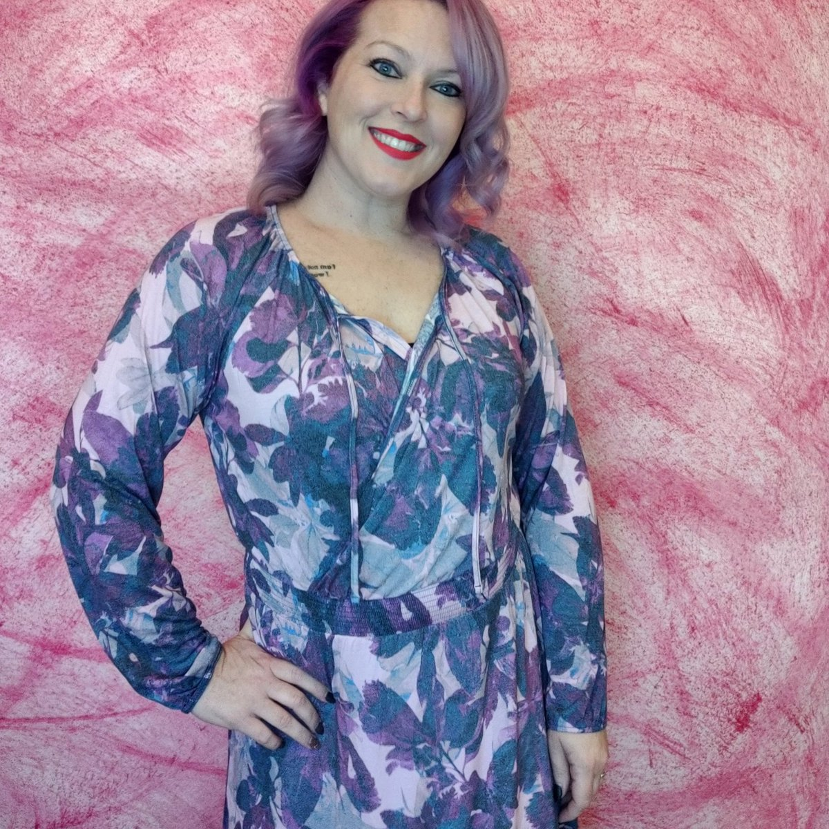 How about being a beauty this Valentine's!  #gorgeous #DressUPnotdown #dress #ValentinesDay #LoveStruckInTheCity #lularoe #loveafterlockup #fun #stylemeup #style #fashion #fashionstyle