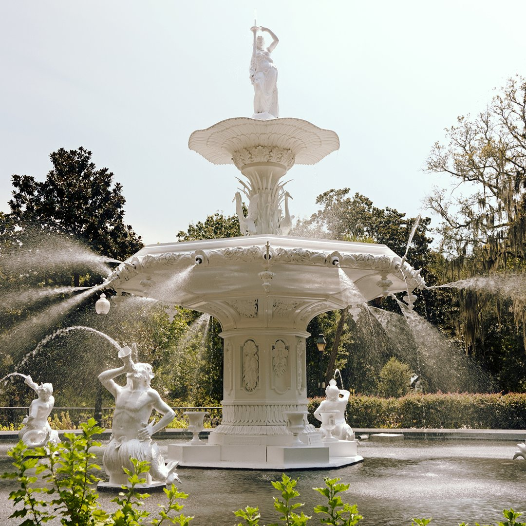 No matter how many times you visit, the Forsyth Park Fountain is a sight to behold. #VisitSavannah https://t.co/fRxnNHl9j9