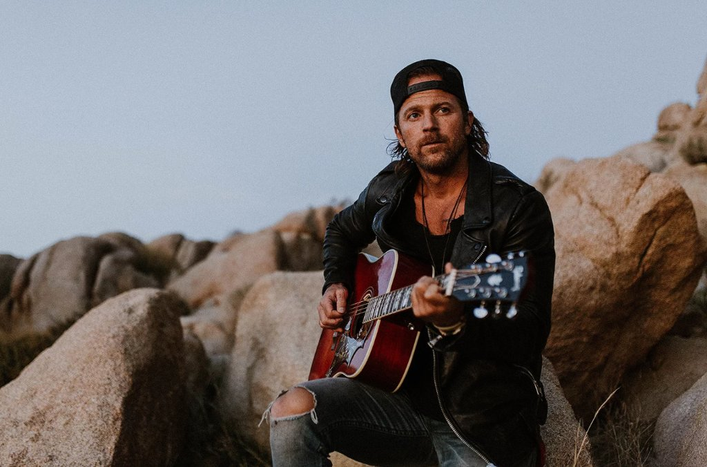 Hey #cmtHot20 fans - We need all your BURNING questions for @KipMooreMusic! Comment below, and see if Kip answers your question in an upcoming episode of Hot 20!