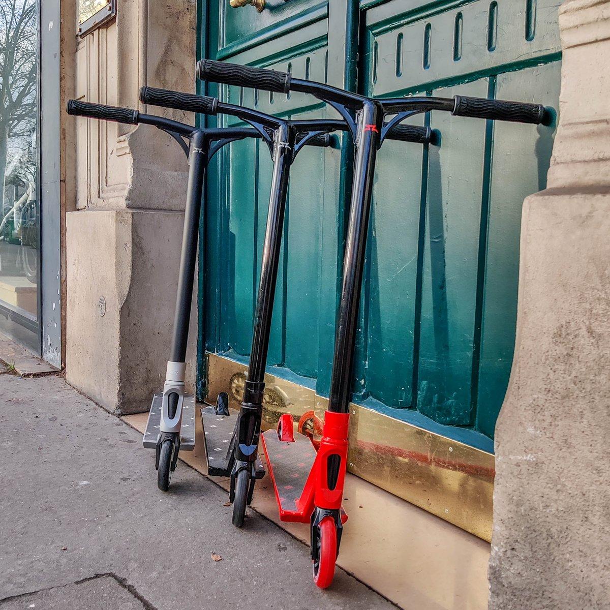 😁 C'EST LES SOLDES ‼️ ➡️ Voici l'un des produits soldés les @ao_scooters freestyle BLOC 😉 ⁉️ GRIS, NOIR ou ROUGE⁉️ #freestylescooter #proscooter #extreme #extremesports #amazing #followforfollow #bestoftheday #instafollow #paris #bastille