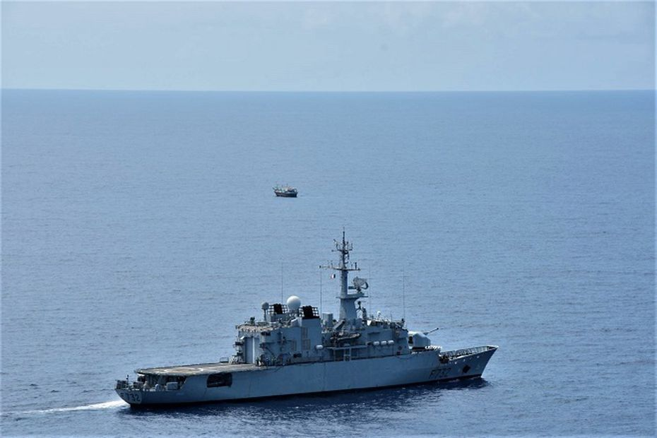 French frigate seizes 444 kg of narcotics in the Mozambique Channel  #France #Mozambique #Mocambique #IndianOcean #FAZSOI  @IORAofficial
