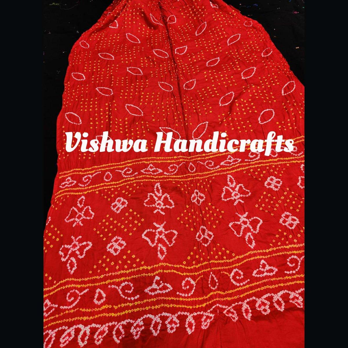 Pure gaji silk bandhej saree.  #puregajisilk #bandhej #saree #vishwahandicrafts #onlineshopping #designer #followforfollow #vocalforvocal #fashion #handmade #Handcrafted #artisaninspiration #traditional #smallbusiness #gajisilkchat #bandhejchat