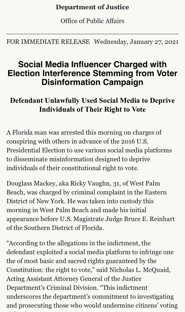 "🚨BREAKING: #FloridaMan Douglass Mackey—aka #racist Trump supporter Ricky Vaughn—ARRESTED today on charges of conspiring w/others in advance of the 2016 election to use @Twitter to suppress Black voters by disseminate LIES that they could ""vote"" by text. https://t.co/3YejtzgLo2 https://t.co/AY2lSGOpO7"