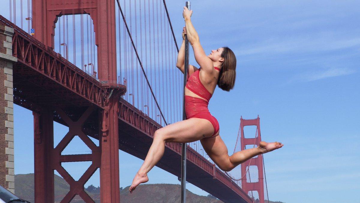"""La pole-dance, c'est sexy, sensuel mais c'est surtout un moyen de s'assumer tel qu'on est.  Le documentaire """"Pole Dance : Haut Les Corps"""", par la primée aux Oscars Michèle Ohayon, le 5 février."""