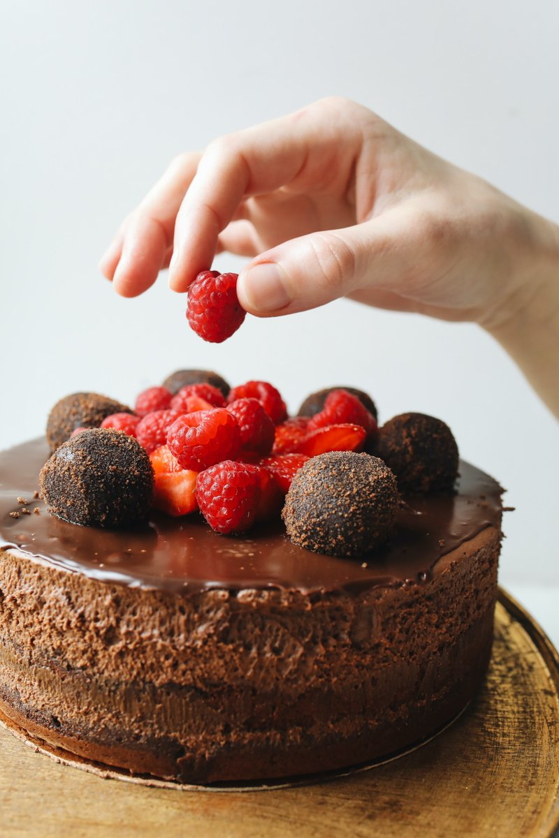 You can have your cake and eat it too with a dose of #antioxidants on #NationalChocolateCakeDay! Like the cacao plant, natural supplement ingredients like BioPQQ also have robust antioxidant effects. Read more about the many health benefits here: https://t.co/lFvrxLhE9J https://t.co/1MIxqXREs2