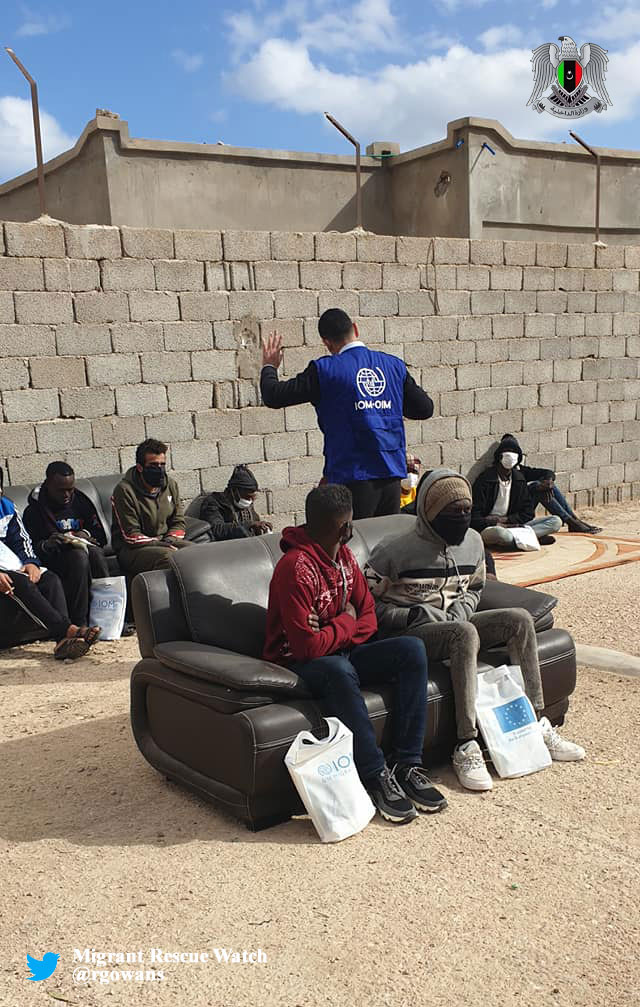 #Libya 27.01.21 - IOM conducted lecture for #migrants and distributed info material on prevention of #COVID19 in Tobruk Immigration Detention Center. #migrantcrisis #Frontex #seenotrettung #COVID19