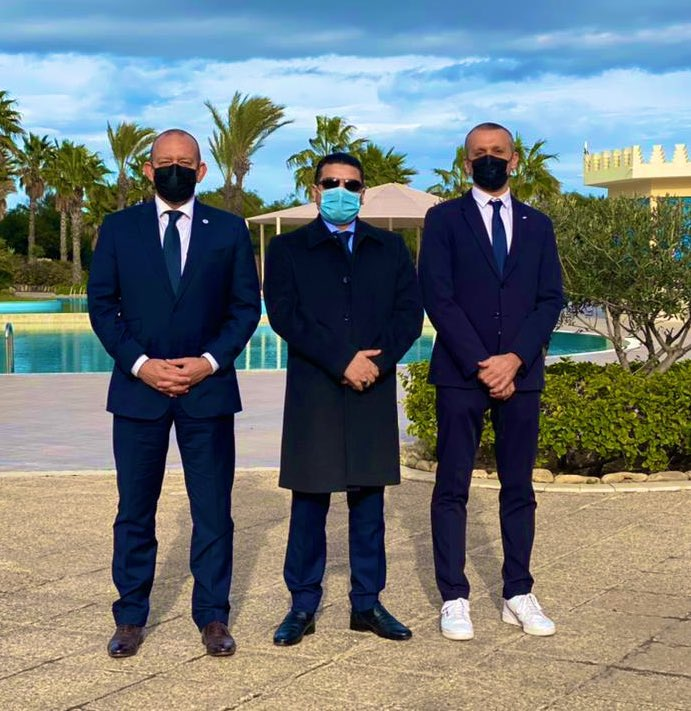 The sky is blue, so are the suits but the spirit was RED today. The Movement in the move. @ICRC @ifrc @LibyaRC ! Thank you @Marieldrese and Stefano for the frank and constructive exchanges during our first tripartite meeting of 21. Many more to come! #Libya