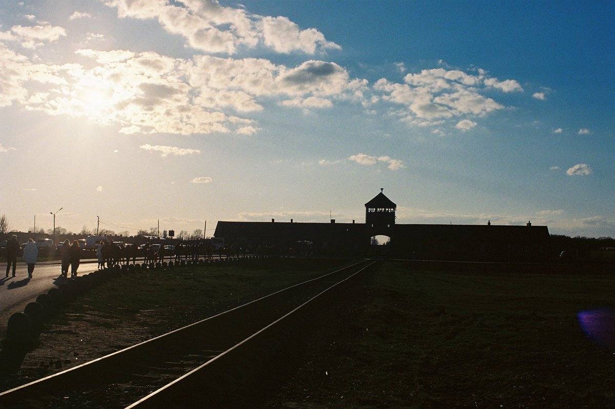 #HolocaustRemembranceDay marks the anniversary of the liberation of Auschwitz - a symbol of Jewish suffering and millions of other Holocaust victims. The rise of anti-semitism and white nationalism is a reminder to commit ourselves to the #R2P values for the protection of all.