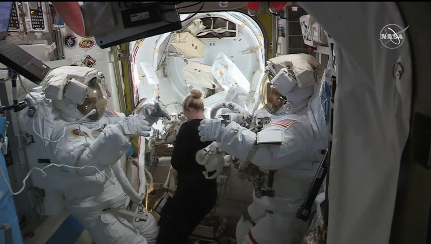 .@Astro_Illini and @AstroVicGlover completed today's spacewalk at 1:24pm ET after installing a new science antenna then readying the station for future power system upgrades. More...