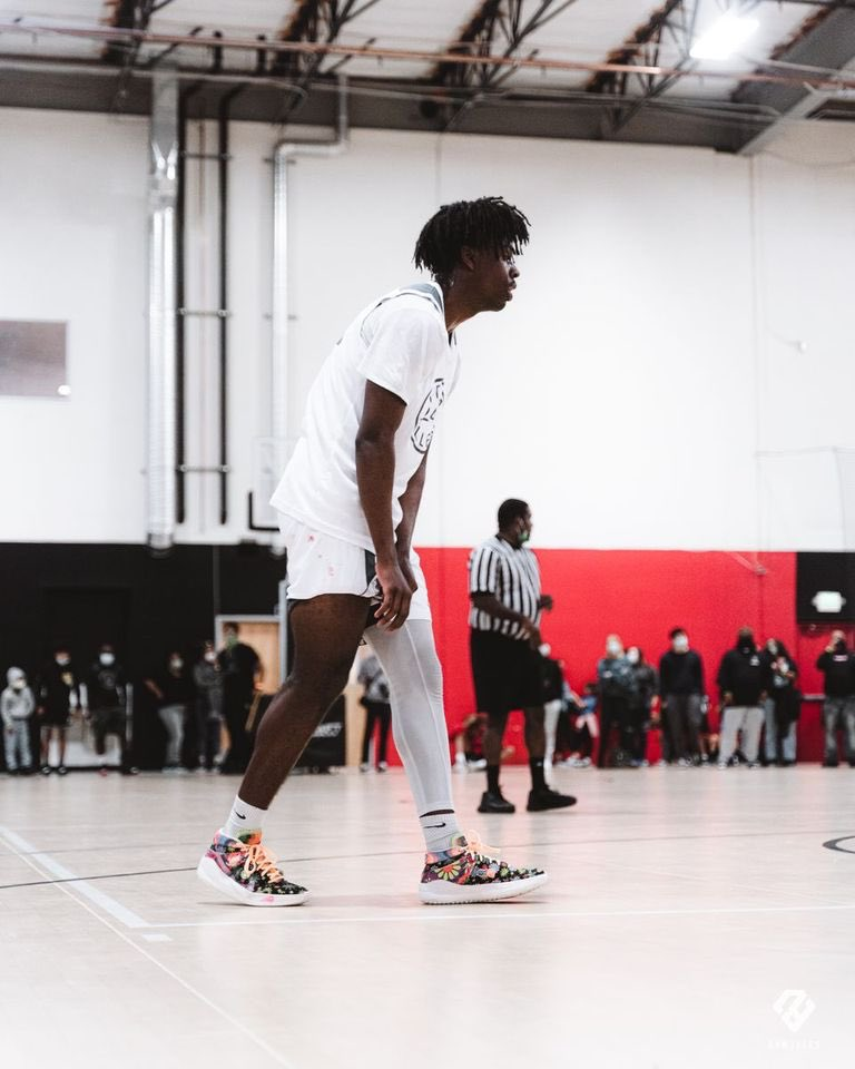 """2023 6'5"""" Combo Guard, Jurian Dixon has been playing high-level against top players in the class of 2021.  Has a great feel for the game, plays with pace, poise and confidence.   His shooting and scoring has been consistent.  @juriandixon @Keenan13Allen @CoachJalen_Lake"""