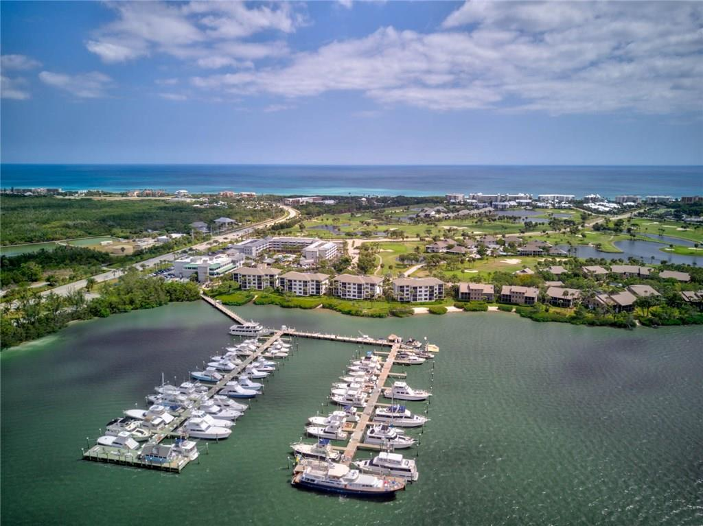 Riverwood Condos Indian River Plantation January 2021 Market Report including community information and the currently active, pending, and sold listings for the past twelv