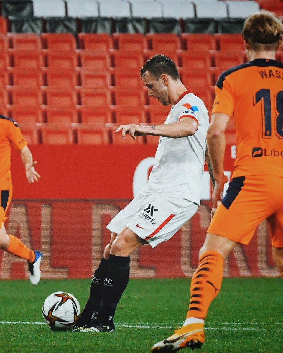 Replying to @ivanrakitic: Quarter final, here we come! ⚽️🤩🔥#VamosMiSevilla #Rakitic @SevillaFC