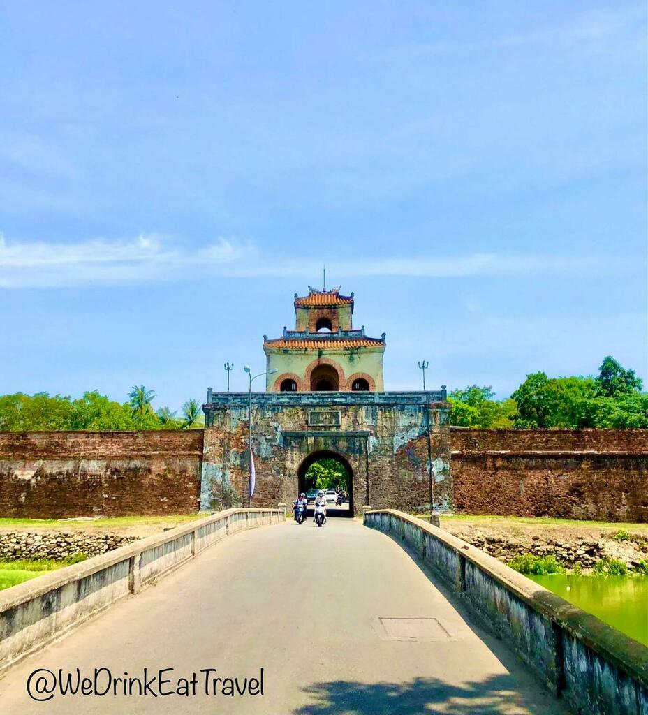 The ancient fortress gates of the Imperial city of Hue, Vietnam 🇻🇳🙏❤️ . . . . . . . . . . . . . . #wedrinkeattravel #instafood #travelblogger #travel #picoftheday #perfect #photooftheday #fashionista #fashionpost #bestoftheday #amazing #streetstyle #…