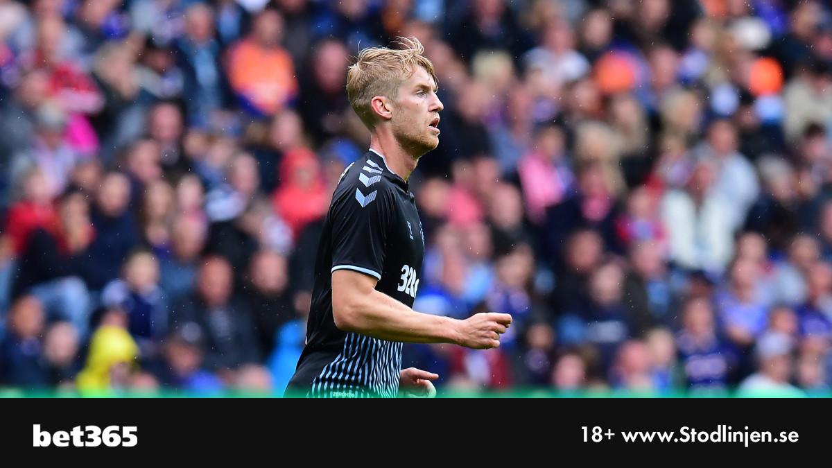 26 matcher   23 vinster   3 oavgjorda   66 gjorda mål   7 insläppta mål  Filip Helanders Rangers leder Skotska Premiership med 23 poäng.  #twittboll #scottishpremiership #RFC