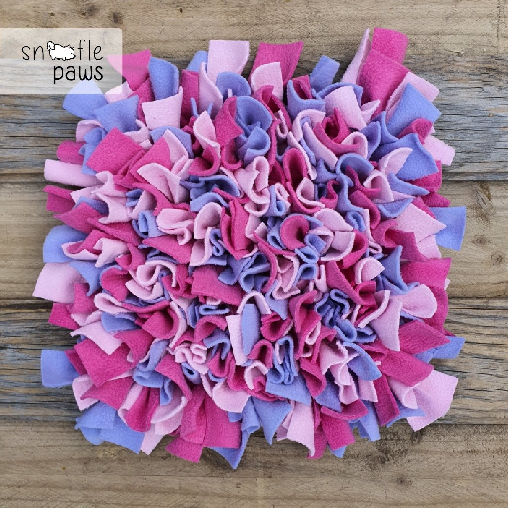 Sniff...snoof...snuffle!  Our Snoofle Mats, commonly known as a #snufflemat, are great for solo or shared self-rewarding exercise.  Available in a variety of sizes for all #floof.  See full range @snooflepaws    #doglife #petsupplies #enrichmenttoys