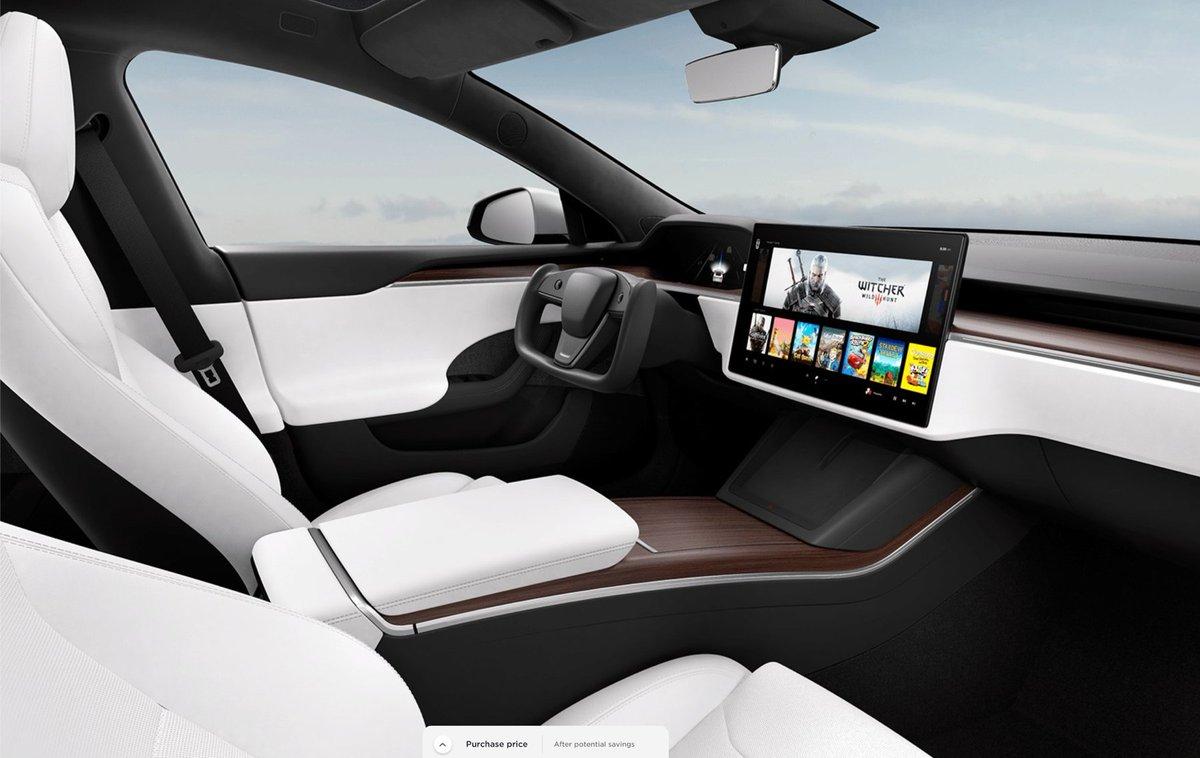 Aaaaaand the Tesla Model S refresh is here