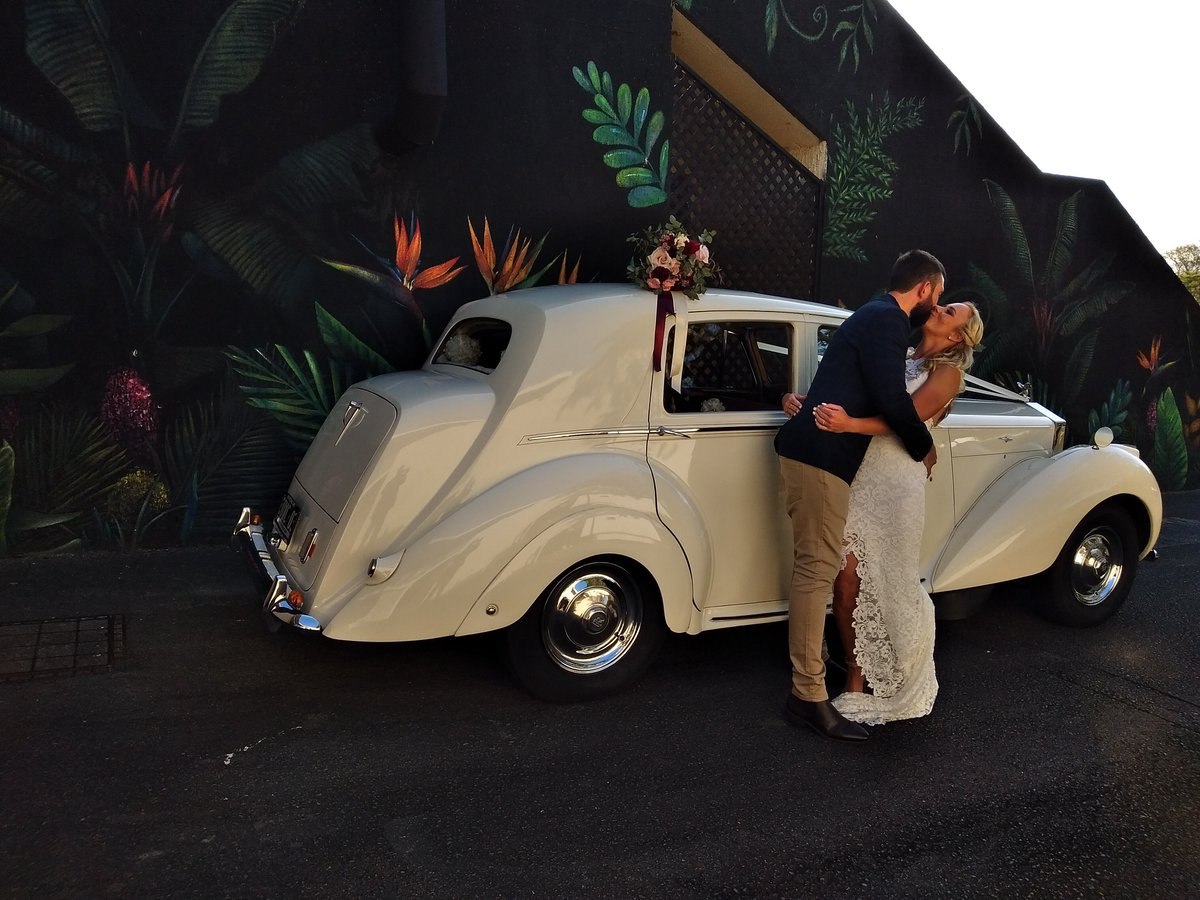 Caught in the moment Brooke & Thomas. 💕 Congratulations  to you both from all the @ouweddingcars team   #weddingcar #weddingcars #dreamwedding #brisbaneweddingcars #classicbride #instawedding #weddinginspiration #bridetobe #engaged #ourweddingcars #l4l