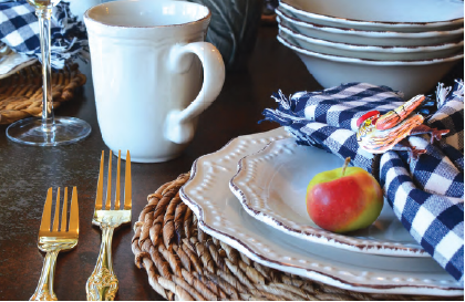 Don't you just #love this style? Country meets elegant. Delightful! 😍#SimpleElegantAffordable  #tableware #foodstagram #restaurant #dining #instafood #hospitality #tabletop #chef #chefs #lifestyle #wholesale