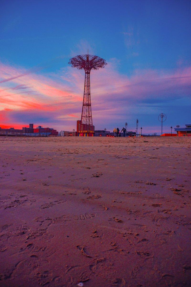 Coney Island   . .  #sunset #Brooklyn #NYC #NY1Pic #SonyAlpha #streetphotographer #photography #coneyIsland  #NewYorkCity #photooftheday