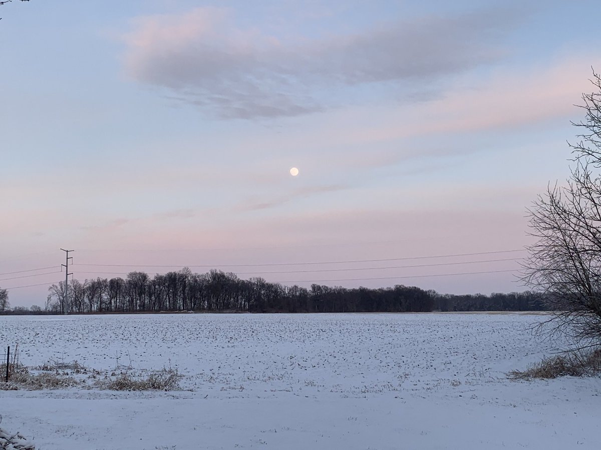 Well that was pretty on the way home. Looks like a full moon. Snowy #sunset