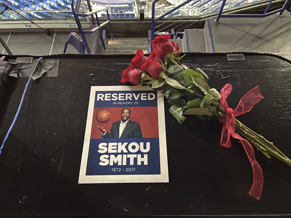 Reserving a media seat at tonight's game in loving memory of our friend Sekou Smith. https://t.co/mhM2tFiP8s