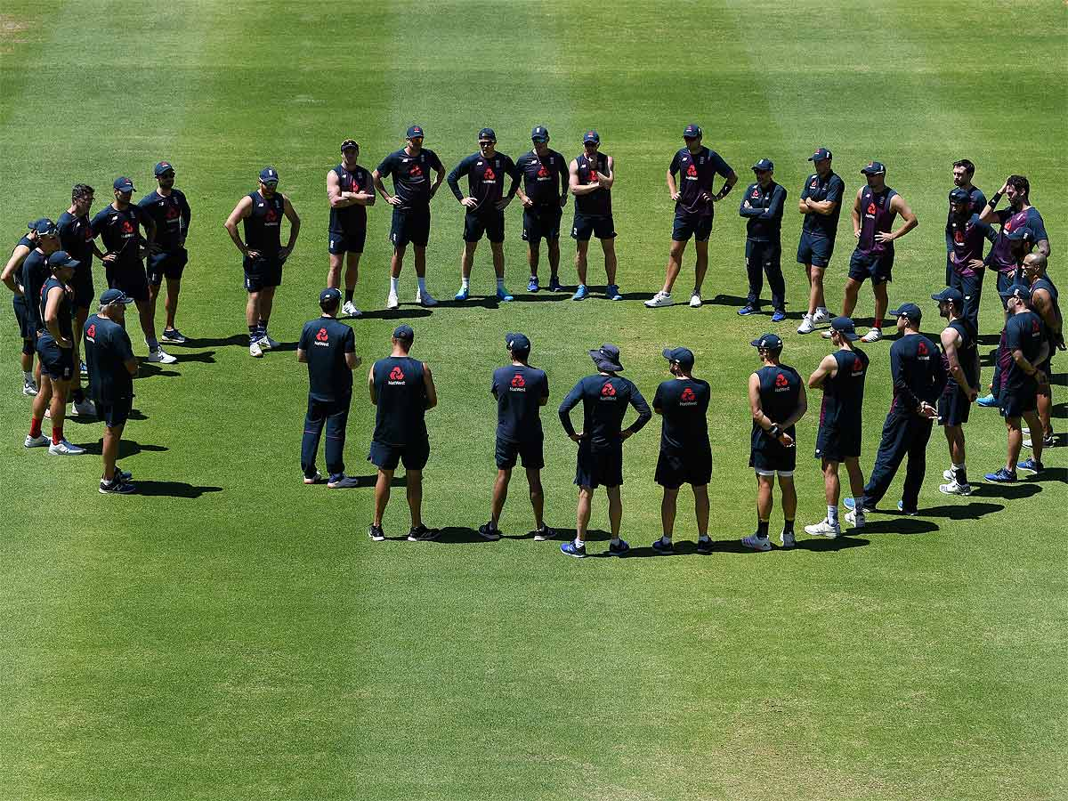 #Cricket #racism   Survey reveals widespread racism in English cricket, players to attend anti-racism course of PCA🏏  The @ECB_cricket will introduce an anonymous phone line to report racism  Full Story 👉