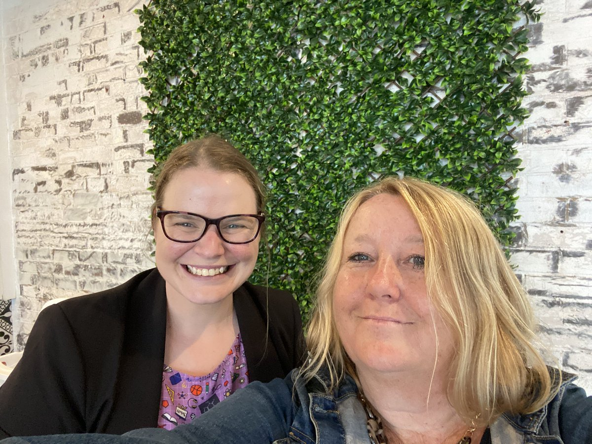 #notsoordinarythursday Awesome 2021 vibes- So nice to meet in person, Fi. Twitter for me has been and is an awesome way to connect with others #STEM  @FiMorrison2 @stemedmagazine #PSTchat #PrimarySTEMchat