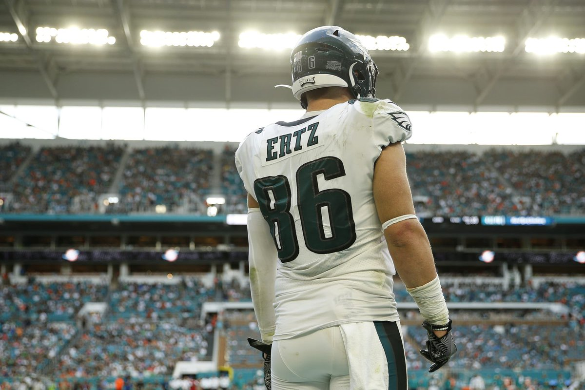 🚨🚨  The #Eagles will be moving on from Zach Ertz this season and will be attempting to trade him per @TonyPauline.