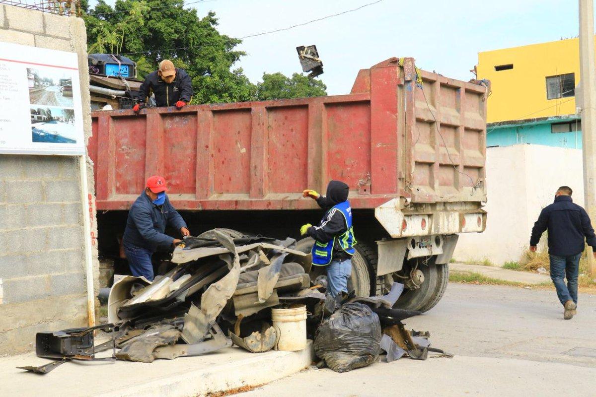 13 colonias de Victoria reciben programa de descacharre de basura: @pilargomezmx  @Gob_Victoria @CdVictoriaTamps #Tamaulipas #México