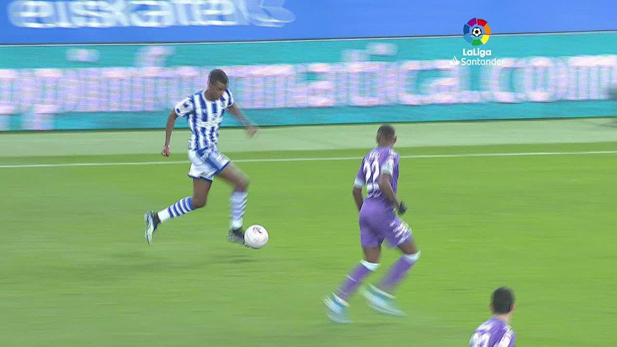 🔥 @mikel10oyar 🔥 Ruben Alcaraz  🔥 @Benzema 🔥 @11BryanGil 🔥 Uros Racic   Menurut kalian, siapa yang mencetak gol paling apik di jornada ke-20 #LaLigaSantander akhir pekan lalu? 🧐⚽️  #YouHaveToLiveIt