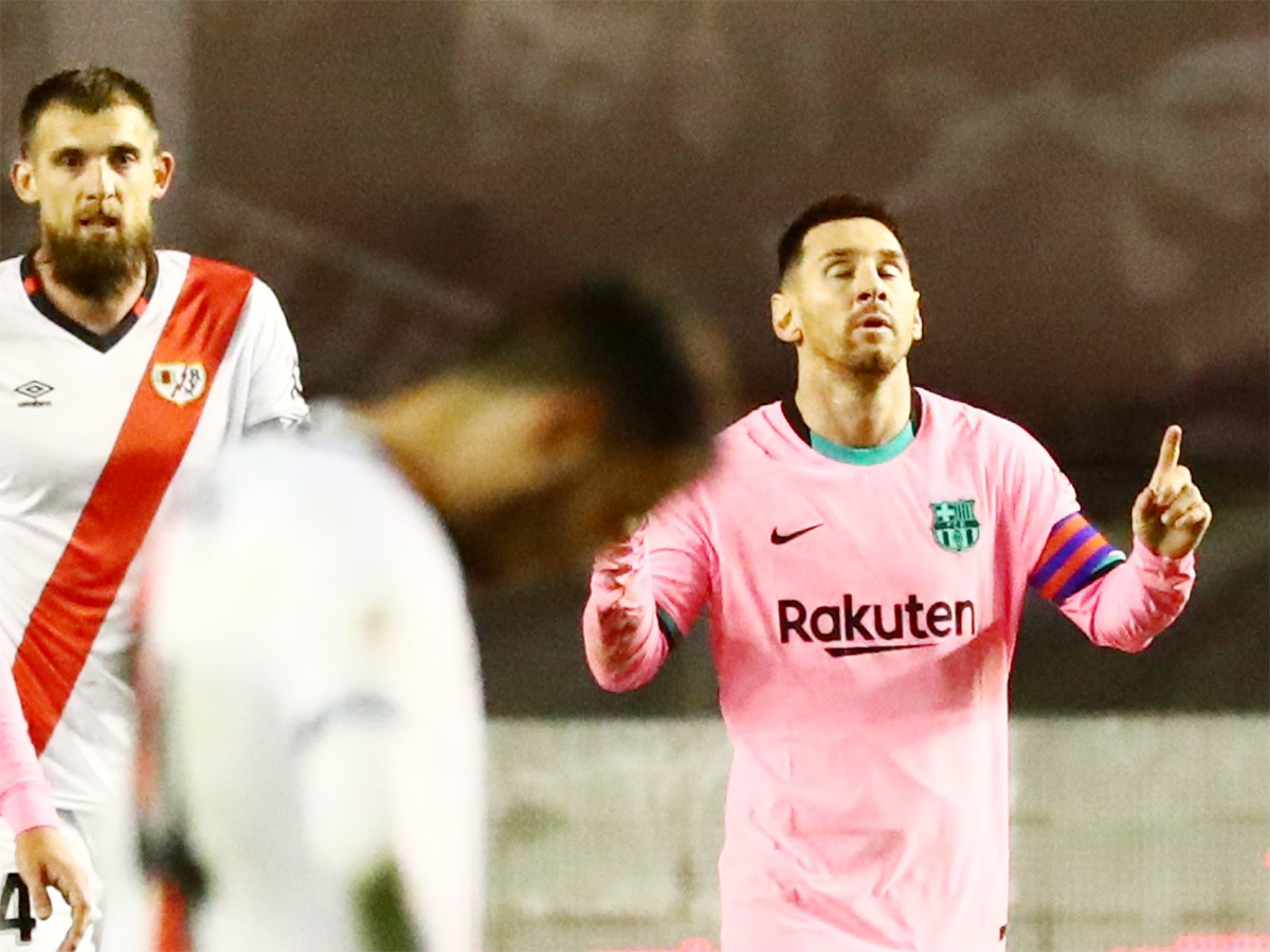 #LionelMessi marks return with goal as @FCBarcelona  come from behind to beat Rayo Vallecano   READ:    #LionelMessi #CopaDelRey