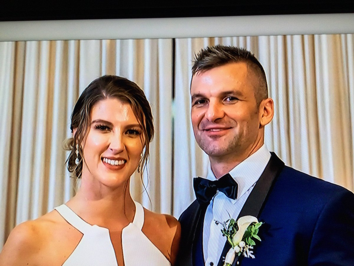 """Haley: """"I travel the world and jump out of airplanes."""" Jacob: """"I have a hot tub and wear fanny packs."""" #Mismatch #MAFS #MarriedAtFirstSight"""