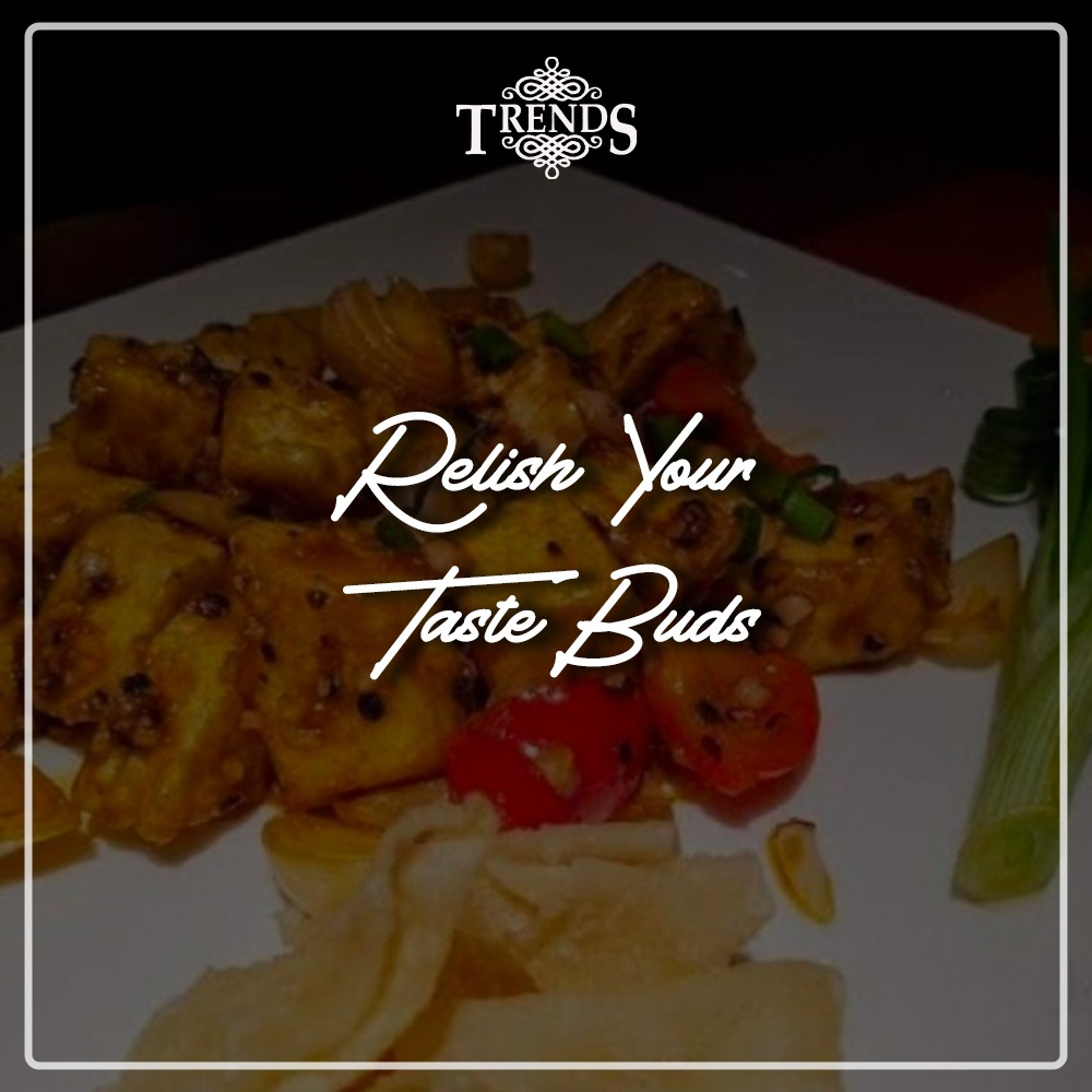Looking for a place for your dine-in? Surprise your food-coma-partner-in-crime and family come on over to ours to relish your taste buds @trendsmumbai  #trendsmumbai #trendsmalad #tastebuds #relishit #foostagram #foodblogger #dinein #familytime #lunchtime #dinnertime #partytime