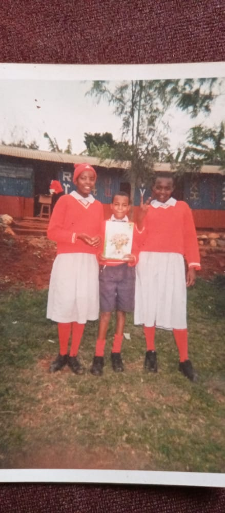 #Tbt  #JamboKenya  bado tunategeaaaa @RadioCitizenFM  @vincentateya  @MelodySinzore1  @Kawawaz   @MtemiGilberto  😊😊😊😊 as those. 💃