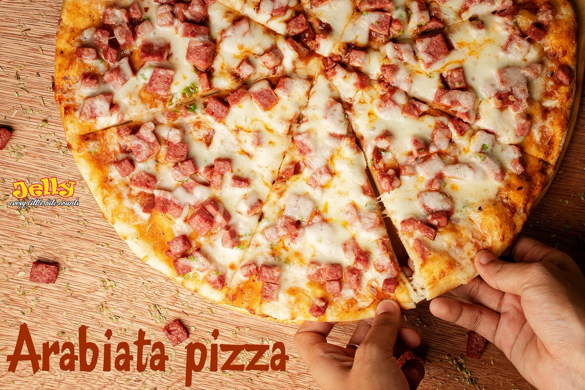 Oh, hey there beauty! 😍 Free delivery ☎️ 3000008 | 9959999  #freedelivery #pizzadelivery #pizza #pizzatime #JELLY #beauty #WednesdayMotivation
