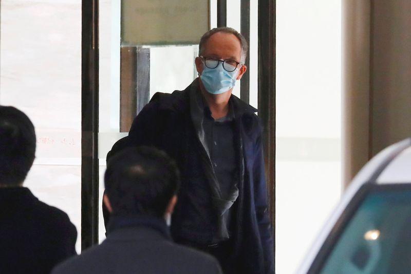 WHO team in Wuhan investigating COVID origins leaves quarantine https://t.co/bDqCbAWSdl https://t.co/grEJo4V5yu